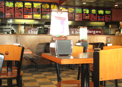Comfortable family dining Billy Boy's Restaurant